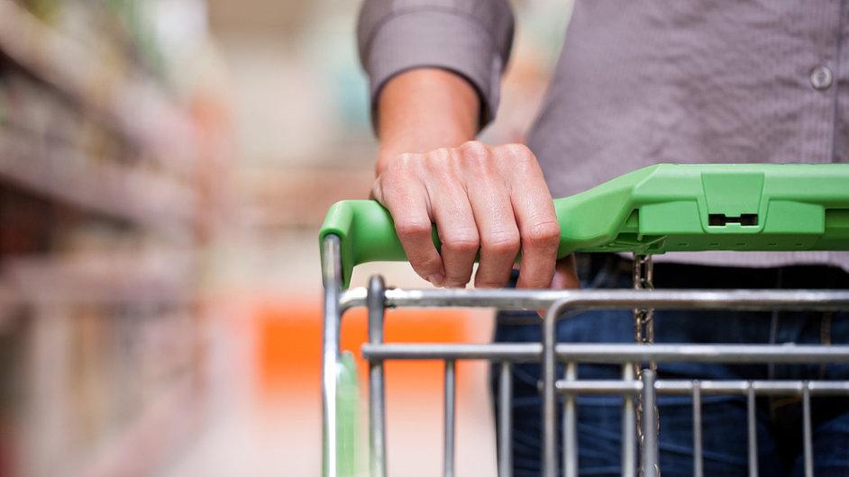 Tržby českých maloobchodníků rostou.