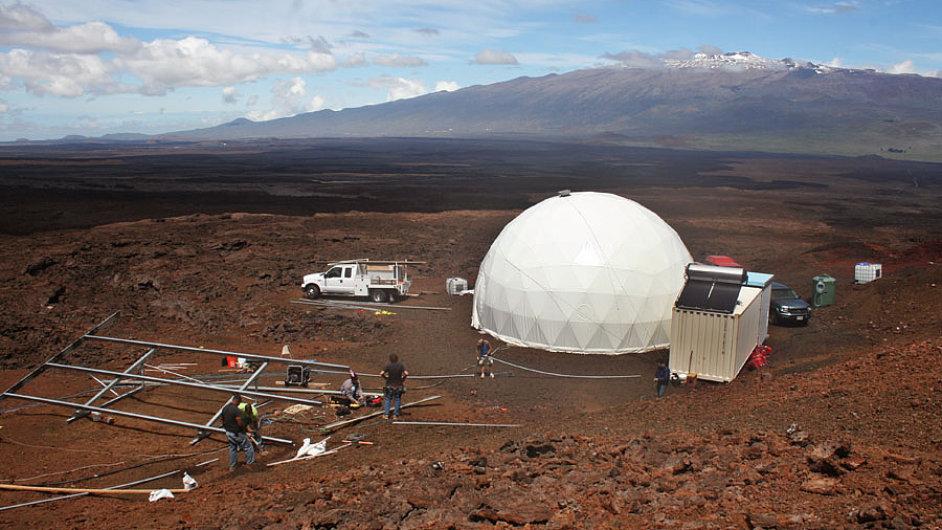 NASA bude zkoumat psychiku lidí, kteří budou čtyři měsíce zavření v kopuli o rozloze 300 metrů čtverečních.