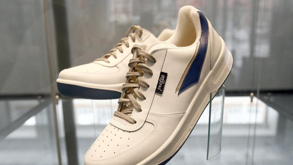 88e1d29e4bc Obuvnické firmě Moleda loni vzrostl obrat. Nejvíce se prodávají boty  Prestige. autor  HN - Jiří Koťátko