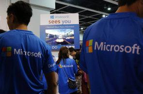 Úspěšná ofenziva Microsoftu: Své aplikace dostal na zařízení 74 výrobců Androidů
