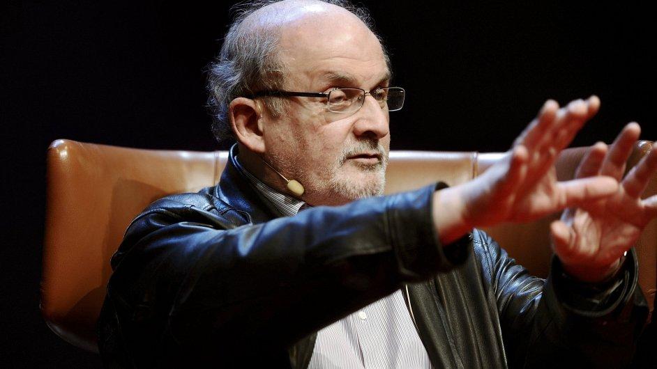 Rushdie v angličtině právě vydal nový román Two Years Eight Months and Twenty-Eight Nights.