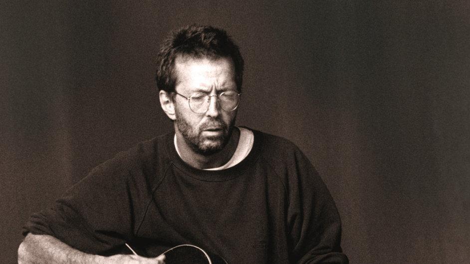 Detail z obalu českého vydání kihy Paula Scotta o Eriku Claptonovi.