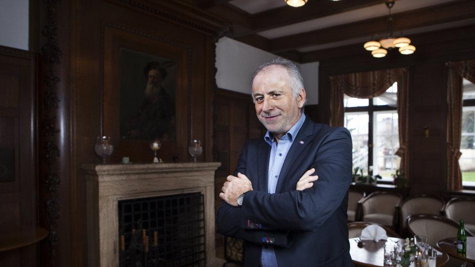 Antonín Konečný je vedoucím resortu Veba druhým rokem.
