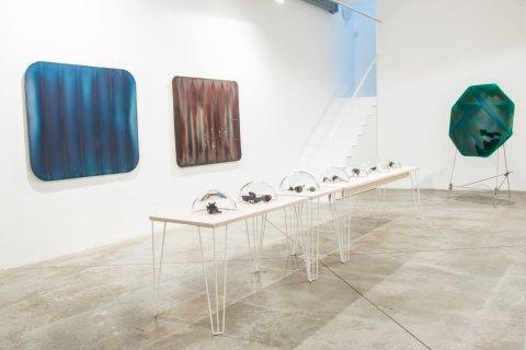 Snímek z výstavy Milana Housera v DSC Gallery.