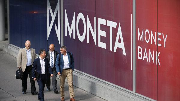Společnost GIC nakoupila 4,24 procenta akcií Monety a stala se tak čtvrtým největším akcionářem banky.