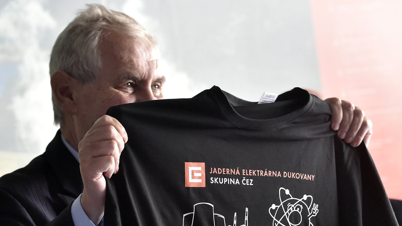 Prezident Miloš Zeman 29. června v rámci druhého dne v Kraji Vysočina navštívil Jadernou Elektrárnu Dukovany.