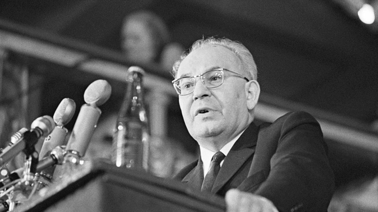 Gustáv Husák nazval Poučení z krizového vývoje