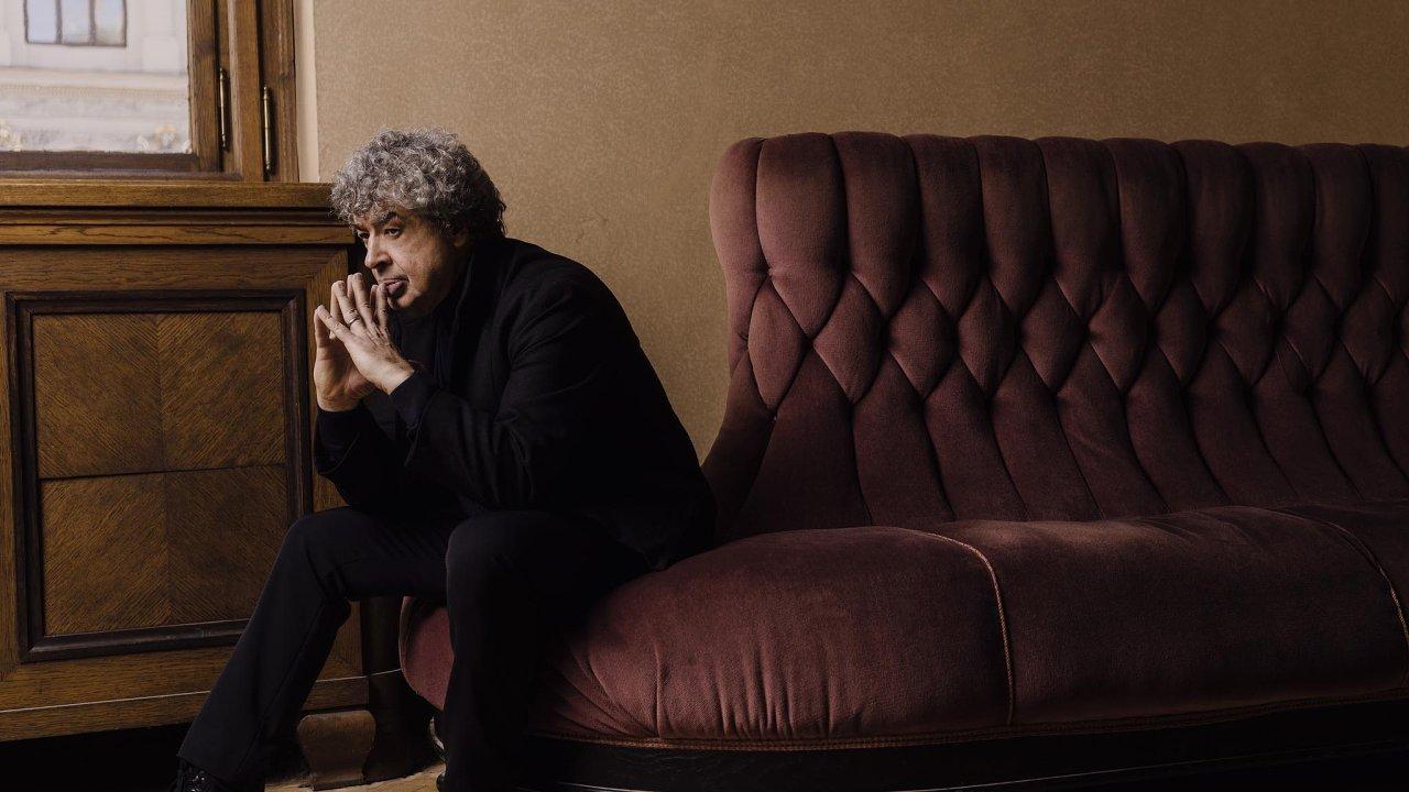 Semjon Byčkov právě začíná první sezonu jako šéfdirigent České filharmonie.