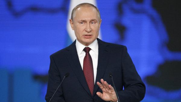 Více dětí, méně daní. Stát za vás také splatí část hypoték, slíbil Putin Rusům v projevu. USA pohrozil odvetou, pokud v Evropě rozmístí nové rakety