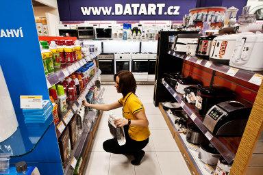 Od srpna 2018 je Datart součástí české firmy HP Tronic, která mimo jiné před dvěma lety převzala e-shopy Kasa.cz a Hej.sk a poté také značku elektrospotřebičů ETA.