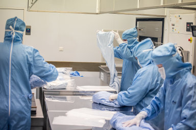 Jediná ultračistá prádelna v Česku vypere ročně 250 tun prádla pro farmacii či automobilový průmysl