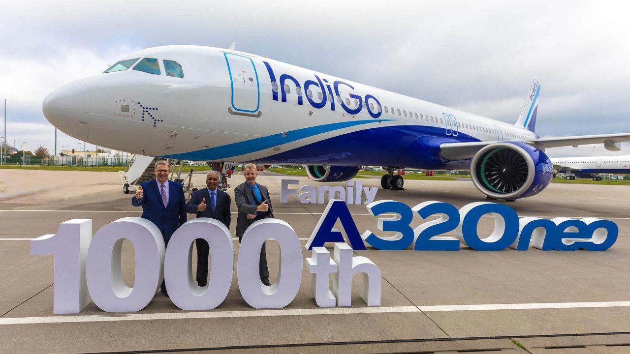 Nedávné předání A320neo. Těchto letadel už Airbus vyrobil tisíc. Ajubilejní stroj dostali právě Indové.