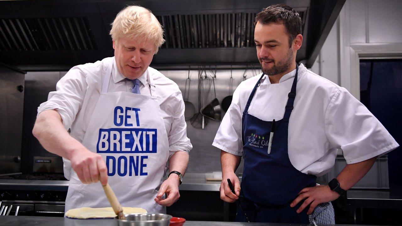 Boris Johnson během posledního dne předvolební kampaně.