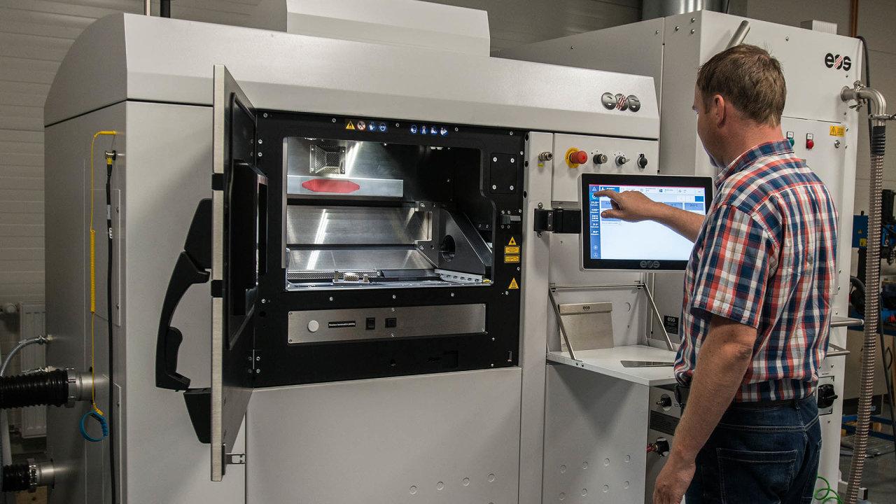 3D tisk kovu. Vytištění formy zkovu je zatím unikátní záležitost. 3D tisk se ale běžně využívá třeba při výrobě pískových forem.
