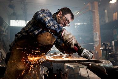 Mistrovská zkouška má pomoci rozlišit kvalitní řemeslníky od špatných a zajistit lepší ochranu spotřebitelů. O její složení se už nyní přihlásilo téměř 300 zájemců.
