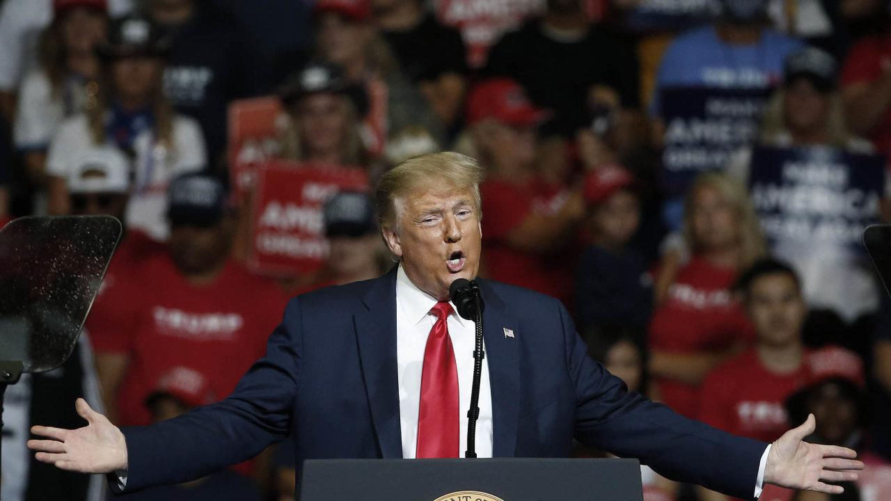 Americký prezident Donald Trump se odmítl veřejně zavázat ktomu, že přijme výsledek nadcházejících prezidentských voleb.