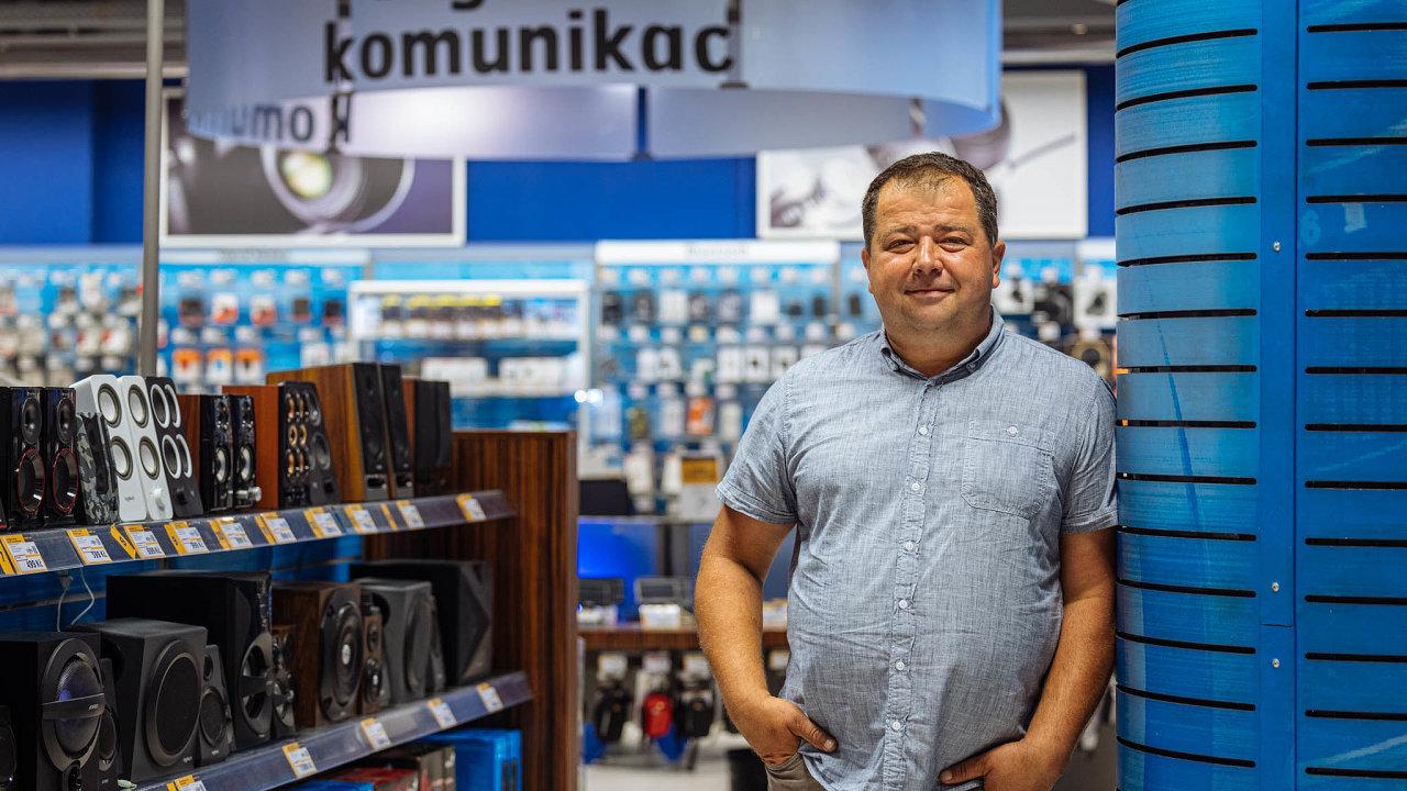 František Mikoška, obchodně-marketingový ředitel skupiny HP Tronic, jež Datart vlastní.