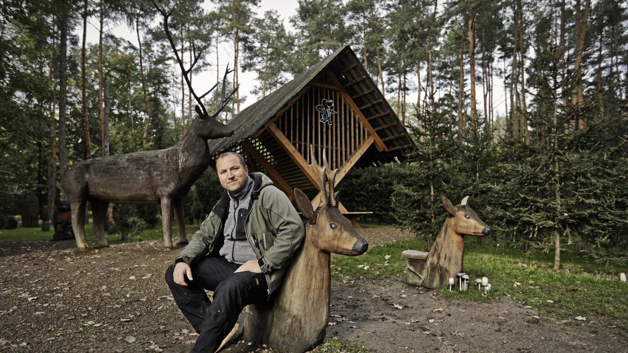 Josef Roušal postavil svůj areál pro děti Krtkův svět v Horních Měcholupech.