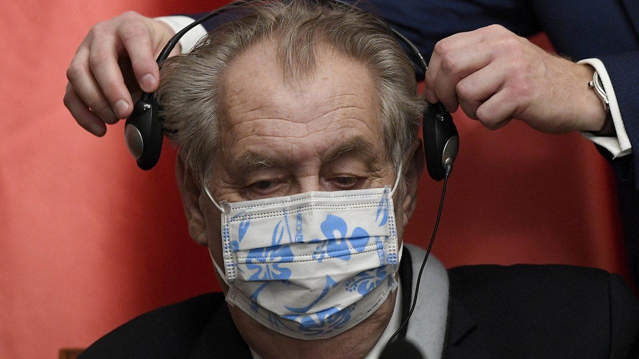 Miloš Zeman je prezidentem odroku 2013. Jeho druhý mandát mu vyprší vbřeznu roku 2023.