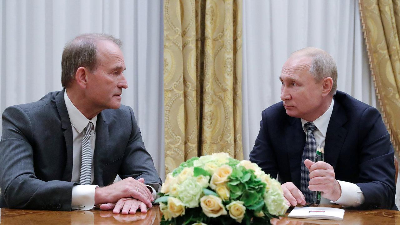 Viktor Medvedchuk, ukrajinský politik a vůdce opoziční platformy Pro život na setkání s Vladimirem Putinem