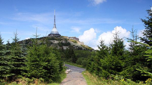 Televizní vysílač Ještě jako jediná stavba v Česku získal prestižní Perretovu cenu. Za aplikaci technologie v architektuře.