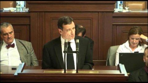 David Rath při projevu ve sněmovně.