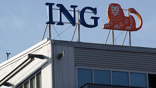 ING zv�ila �tvrtletn� zisk, rezervy na ztr�tov� �v�ry klesly.