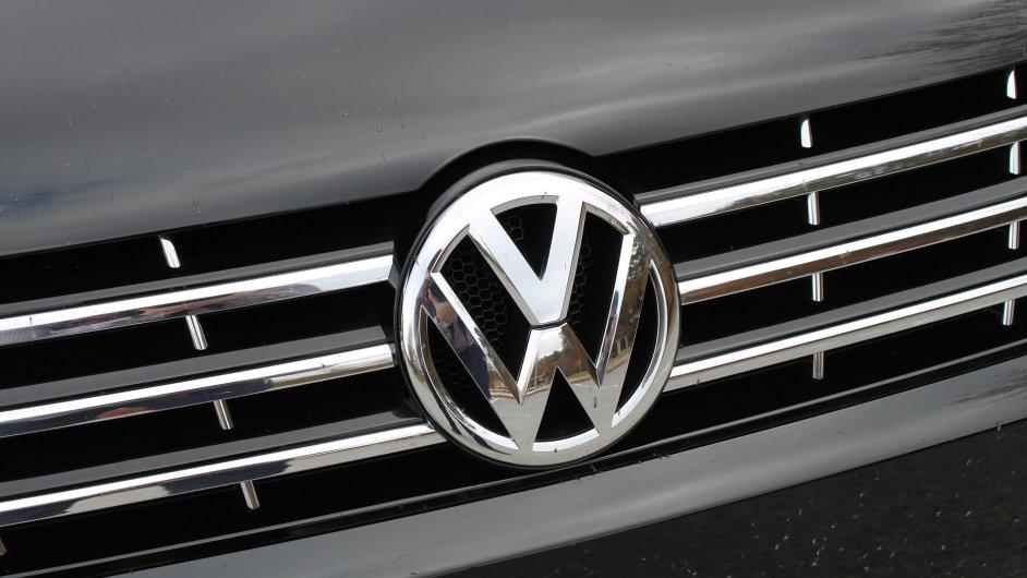 Automobilka Volkswagen zvýšila díky poptávce v Číně a Severní Americe prodej.