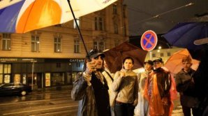 B�val� bezdomovec Karim prov�d� po Praze.