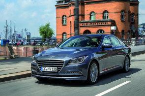 Genesis je t�k� za�adit. Podle vzhledu by nikdo neh�dal, �e jde o Hyundai.