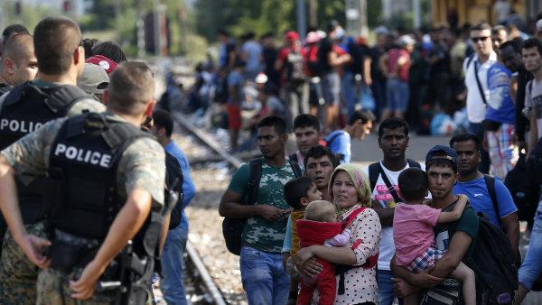 Za návrh střílet do běženců musí europoslanci odejít z frakce. - Ilustrační foto