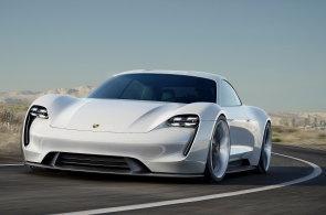 Luxusní značky automobilů jako třeba Porsche se chystají na souboj s Teslou na poli elektromobility