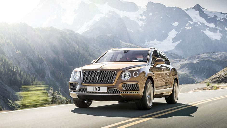 Tohle je auto, jež si může dovolit nosit velké B na přídi a spoustě dalších míst - Bentley Bentayga.