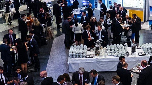 Konferenci bank��� �asopisu Euromoney ovl�dla diskuse o uprchlick� krizi.