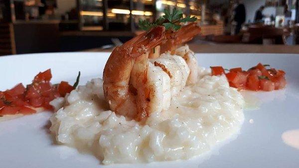 Za dobrým jídlem nemusíte až k moři. Rizoto s krevetami zvládnete i doma