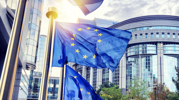 Evropská unie chce usnadnit členským státům boj proti nepoctivým prodejcům na internetu.
