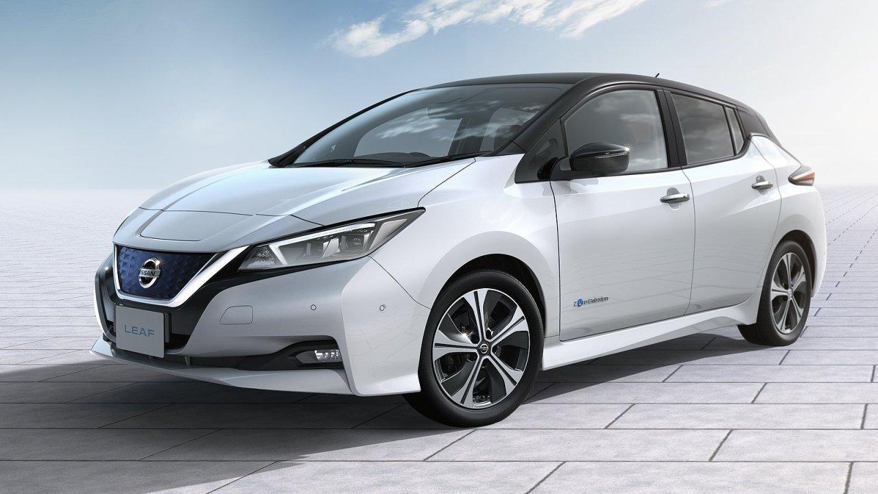 Druhá generace Nissanu Leaf je atraktivnější a dojede dál.