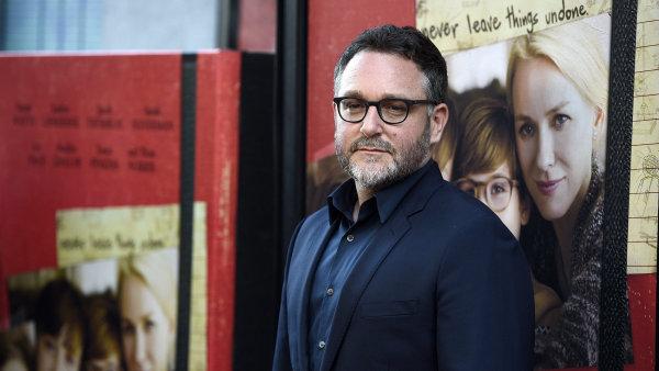 Na snímku z červnové premiéry svého zatím posledního filmu The Book of Henry je režisér Colin Trevorrow.