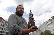 Moskva chce peníze oligarchů. Boháči skrývající se před zákonem na Západě by se mohli vrátit domů, pokud by