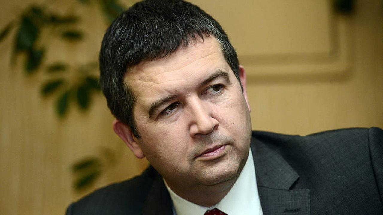 Babiš ve vládě je zásadní problém, podpora SPD nepřijatelná, říká Hamáček po jednání s ANO