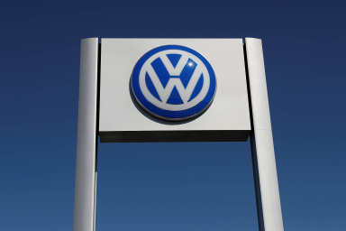 Slovenská divize německé automobilky Volkswagen loni zvýšila výrobu aut, letos plánuje v rámci zvyšování produktivity snížit zaměstnanost o 3000 pracovníků.