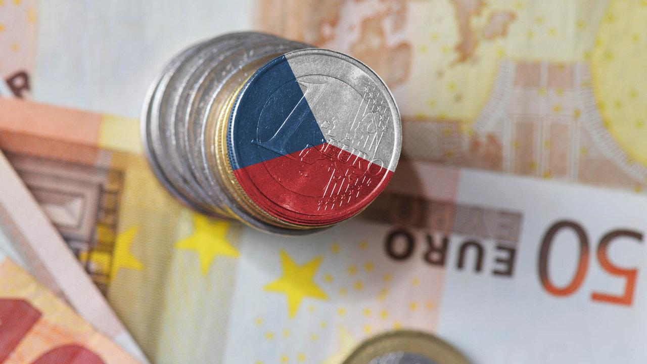 Česko poučuje otom, jak má eurozóna pracovat. Současně nechce říct, kdy ajestli vůbec euro přijme, ale zároveň si chce v EU vyjednat