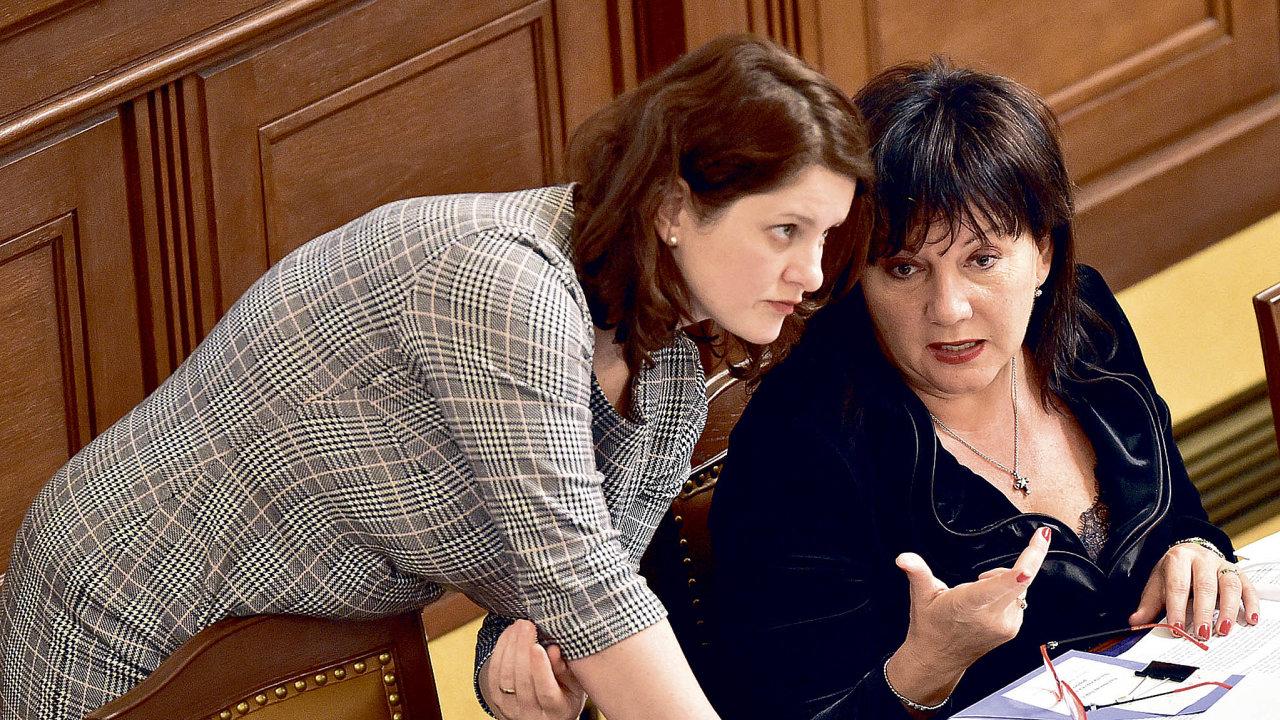 Ministryně práceJana Maláčová(vlevo) afinancíAlena Schillerováse střetly kvůli penězům už mnohokrát. Nyní je čeká spor omiliardové výdaje naaktivnější podporu rodin.