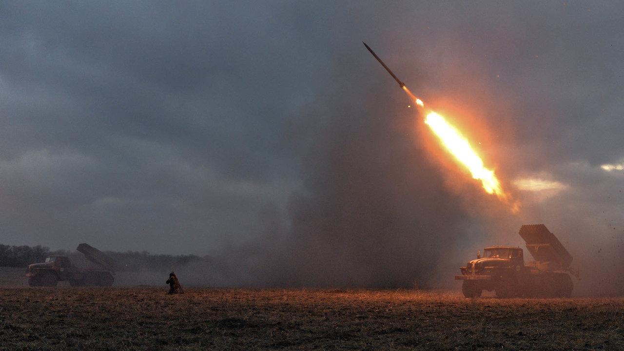 Ruské testy: Armáda zkouší nové zbraně, které mají výrazně posunout bojeschopnost ruských ozbrojených sil.