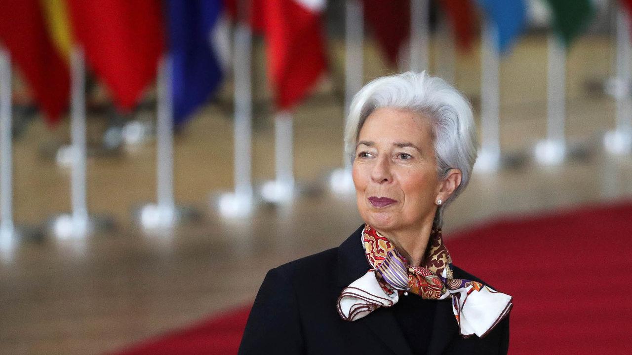 Christine Lagardeová chce, aby státy EU reagovaly zvýšením výdajů.