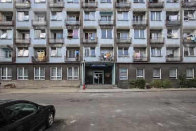 Počet obyvatel Česka žijících vsociálně vyloučených lokalitách se zvyšuje. Dlouhodobě se stěmito problémy potýká Moravskoslezský, Karlovarský nebo Ústecký kraj.