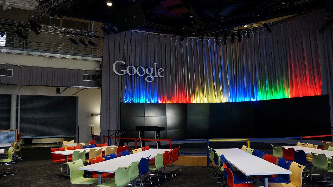 Žaloba proti Googlu: Můžete být nejlepší, ale to neznamená, že si můžete dovolit úplně všechno.