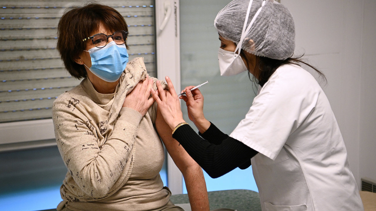 očkování koronavirus vakcína