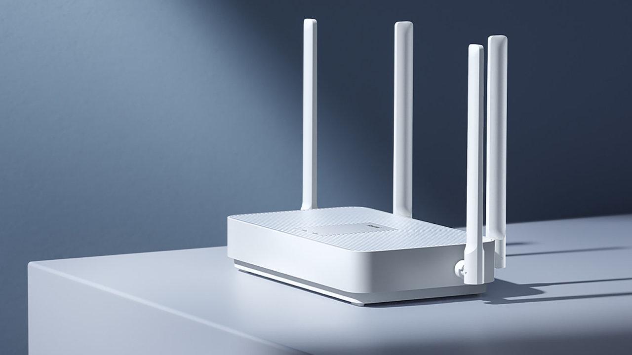 Levný router Mi AX1800 je rychlík, který zaujme spolehlivostí, ne designem