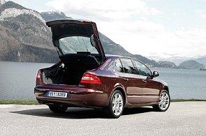Superb, Yeti a Octavia patří mezi auta, s nimiž jsou Němci nejspokojenější. Zlobí je Roomster